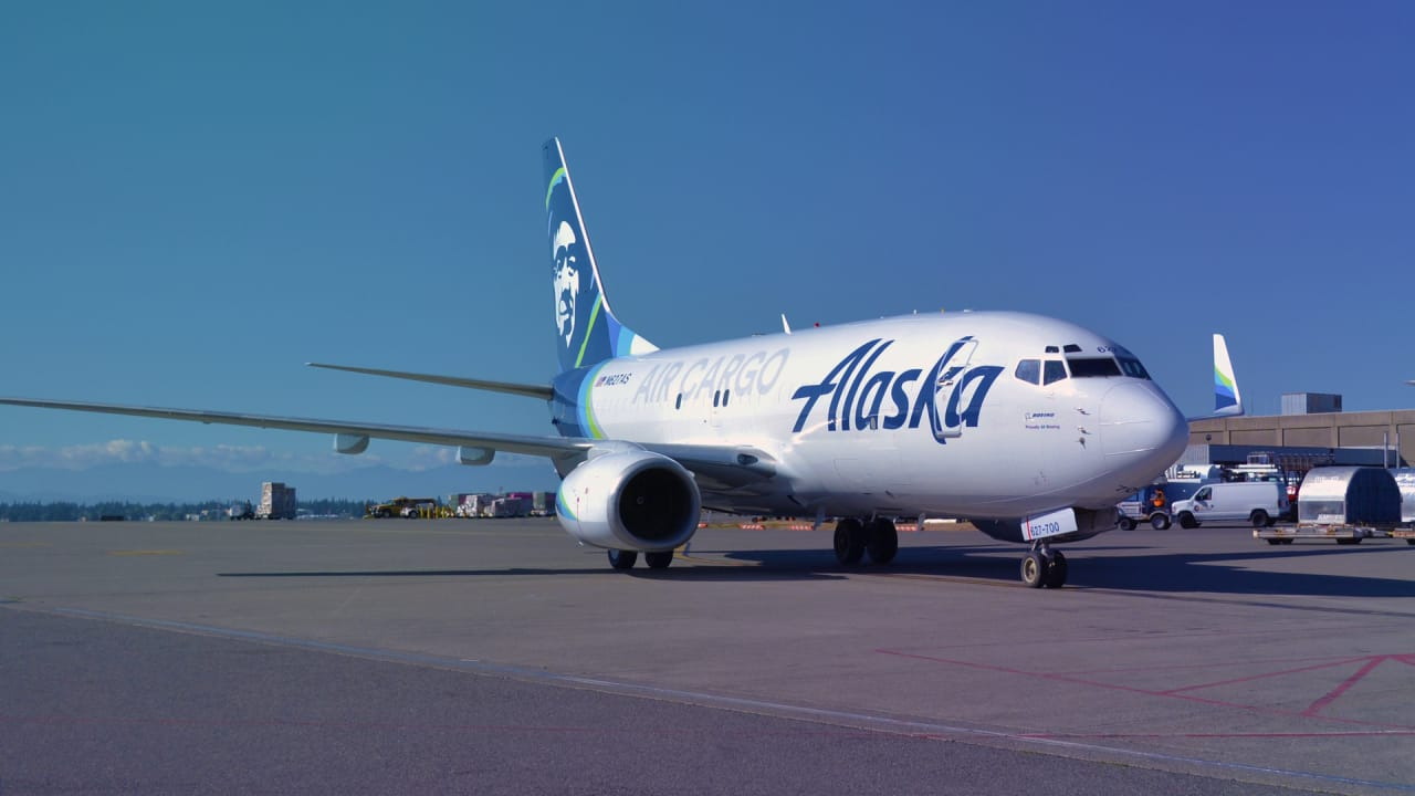 People Seem To Think Alaska Airlines Is The Best American