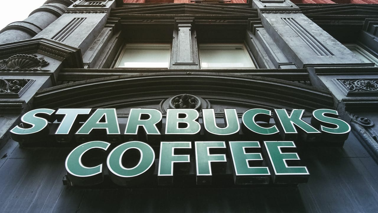 Starbucks Stock Is Still Sinking After Howard Schultzs Announced Depa