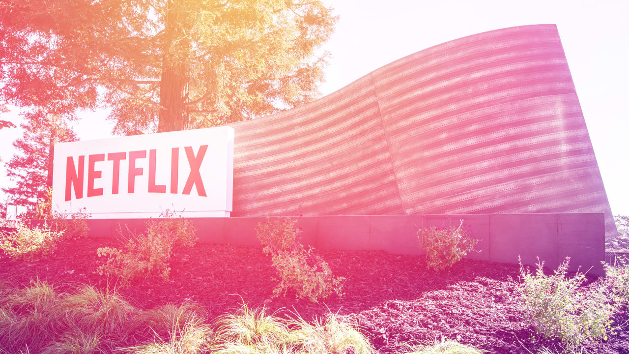 Here's why Netflix is killing off its user reviews (hint