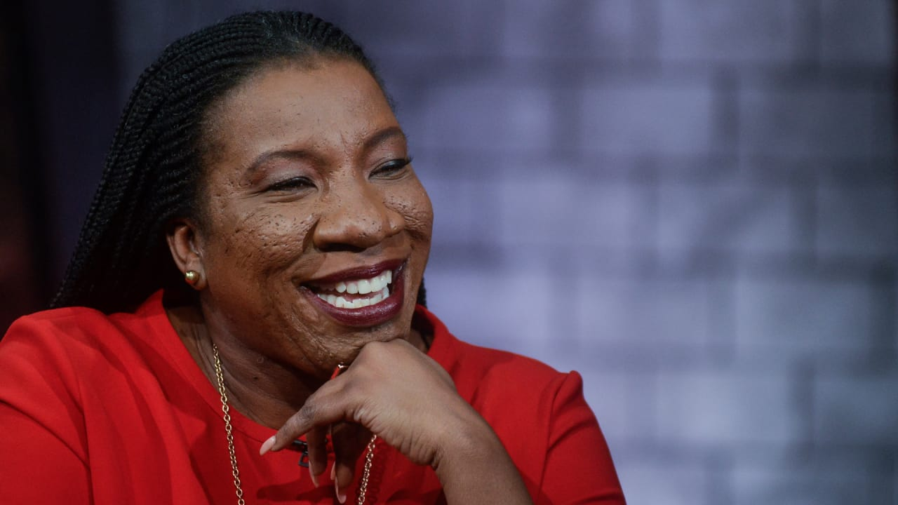 Me Too             founder Tarana Burke is joining Match Group            s new sexual assault advisory board