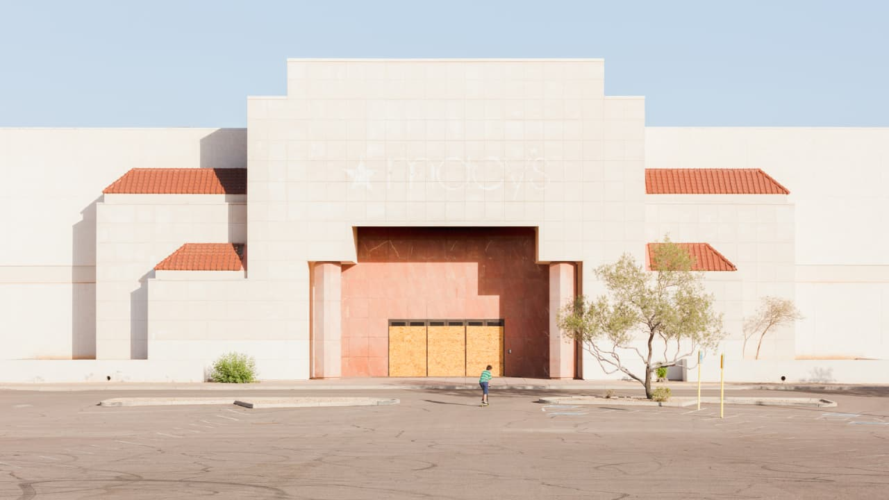 What The Retail Apocalypse Decimating American Malls Looks Like Iphone 4 Circuit Diagram Rar
