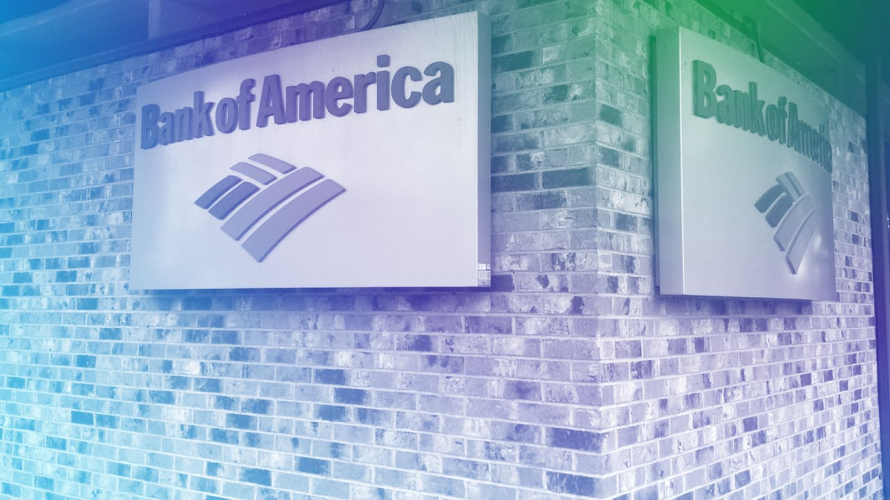Report: Bank of America is freezing bank accounts of foreign residents