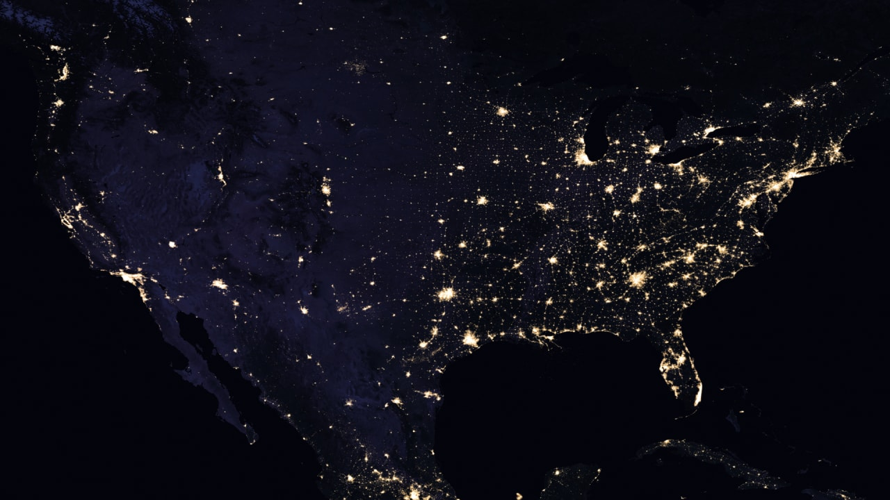 A Famous Fake Photo from the Great 2003 Northeast Blackout is Still Claiming Victims