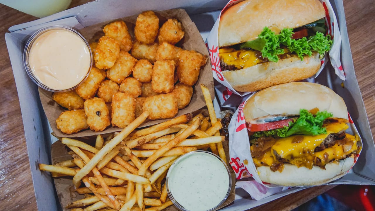 The In N Out Of Meatless Burgers Montys Beckons Curious Carnivores