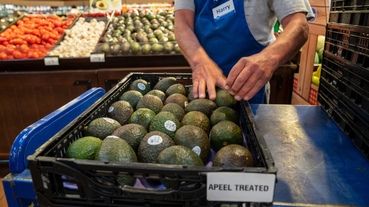 Apeel-coated produce is poised to take over grocery shelves