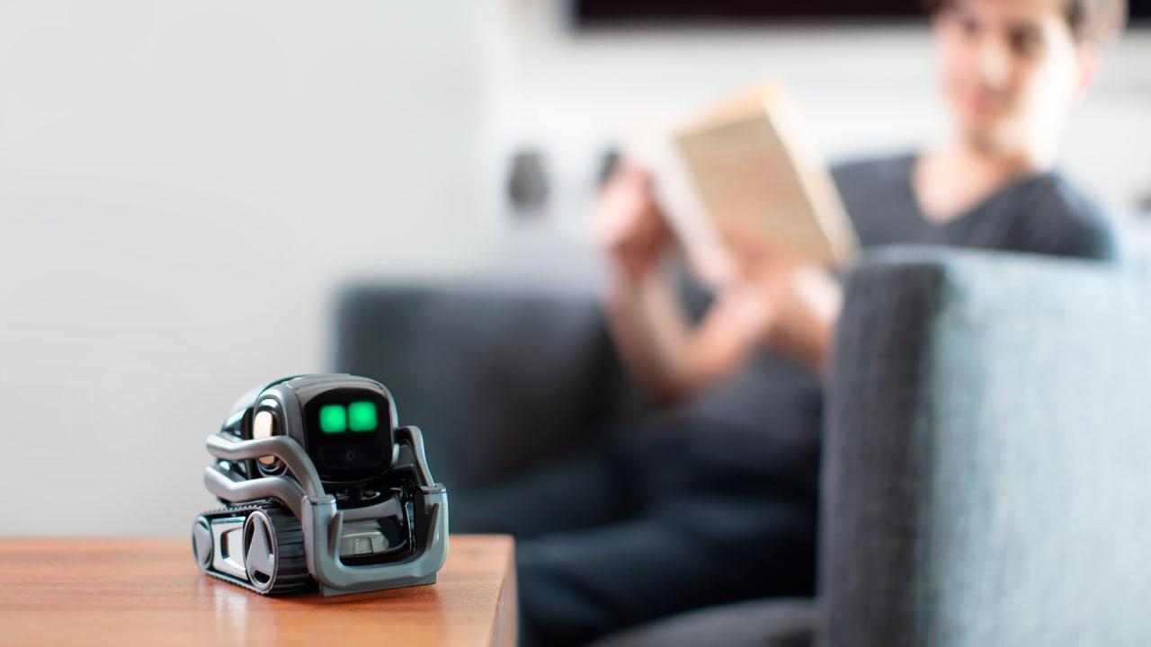 Anki's Vector robot gets Amazon's Alexa