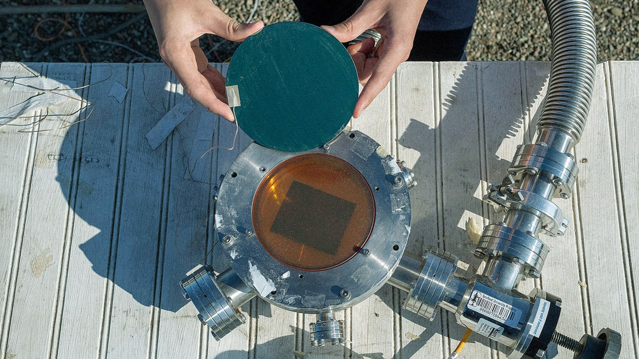 This Tech Could Blast Heat into Space to Keep Buildings Cool