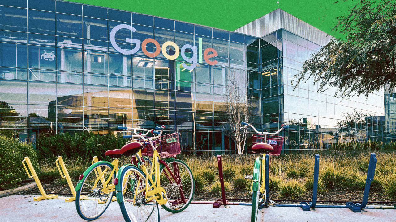 Meet the Google Engineer Getting its Workers Ready to Strike