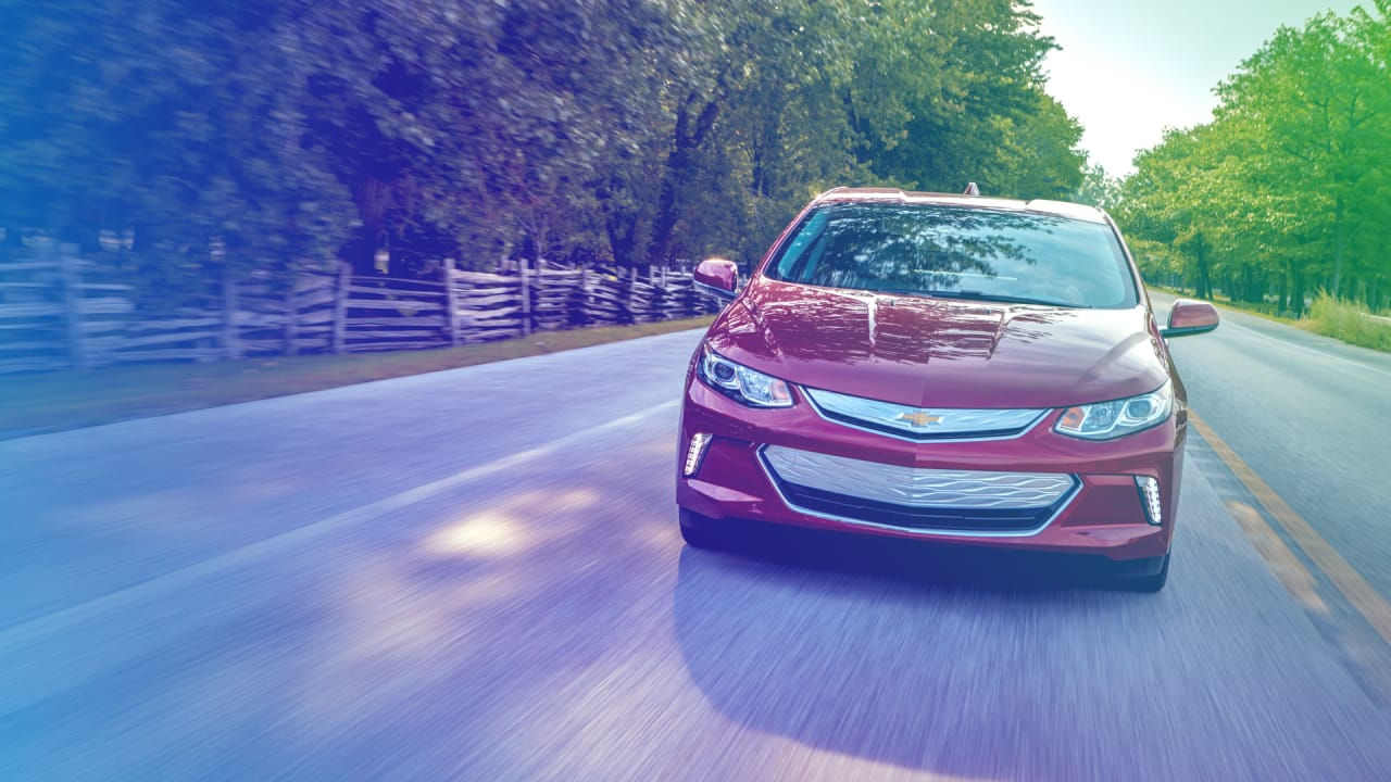 Goodbye Chevy Volt In The Age Of Tesla Gm Retires Its Hybrid Electr