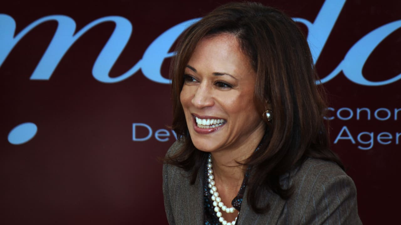 People are Paying More Attention to Kamala Harris than her 2020 Rivals, and that Matters