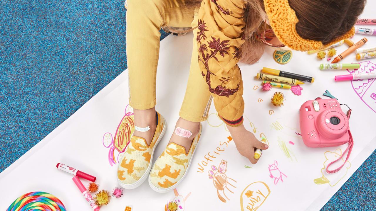 eco-friendly kids' sneakers aim
