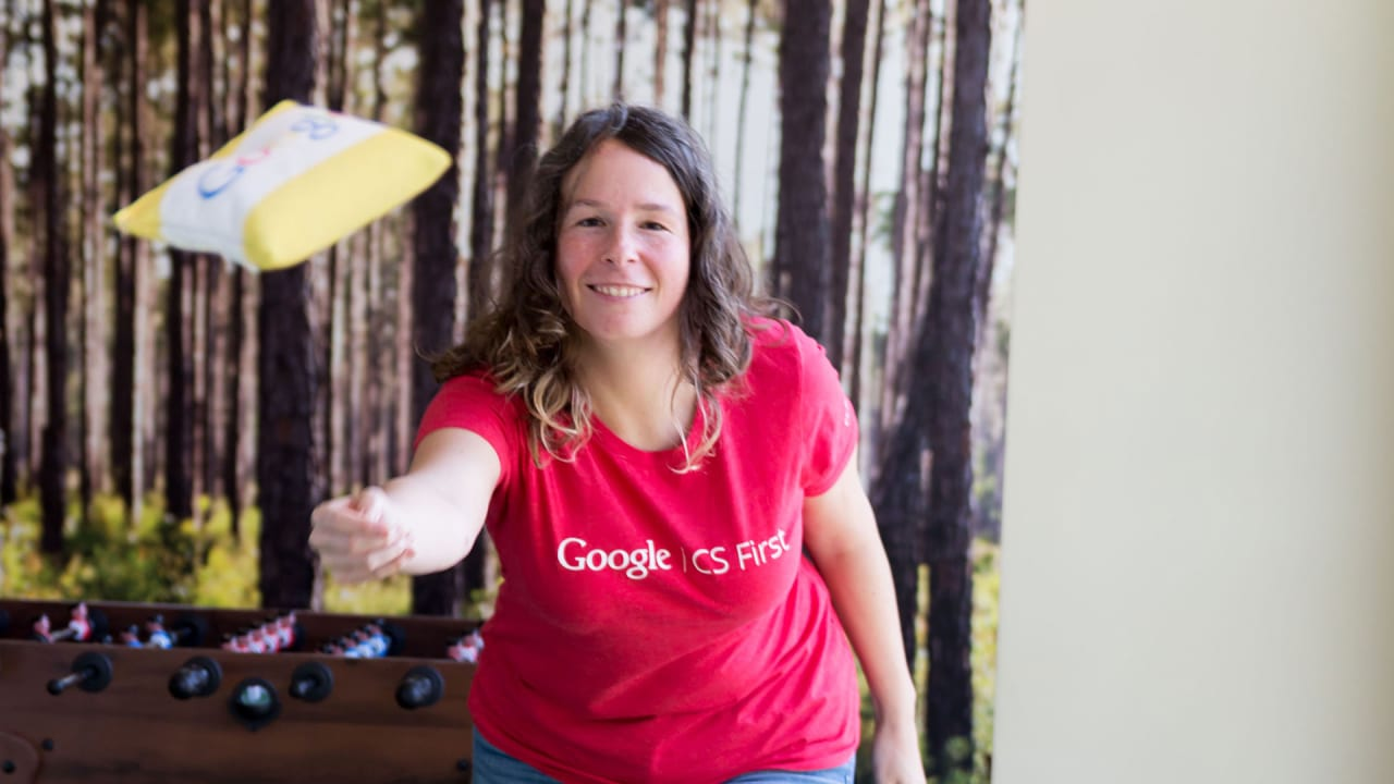 This Googler has Helped 50,000 Teachers Train Students in Digital Skills