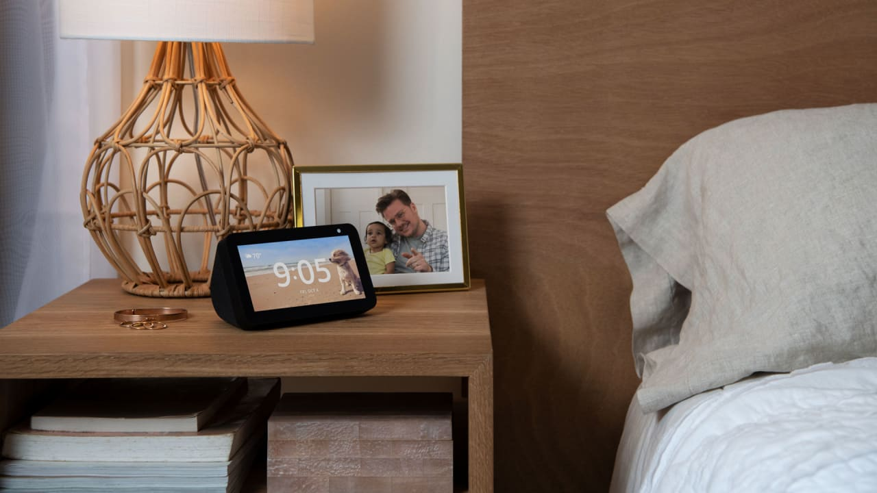 """Amazon introduces $90 """"mini"""" Echo Show with HD and new privacy shutter"""