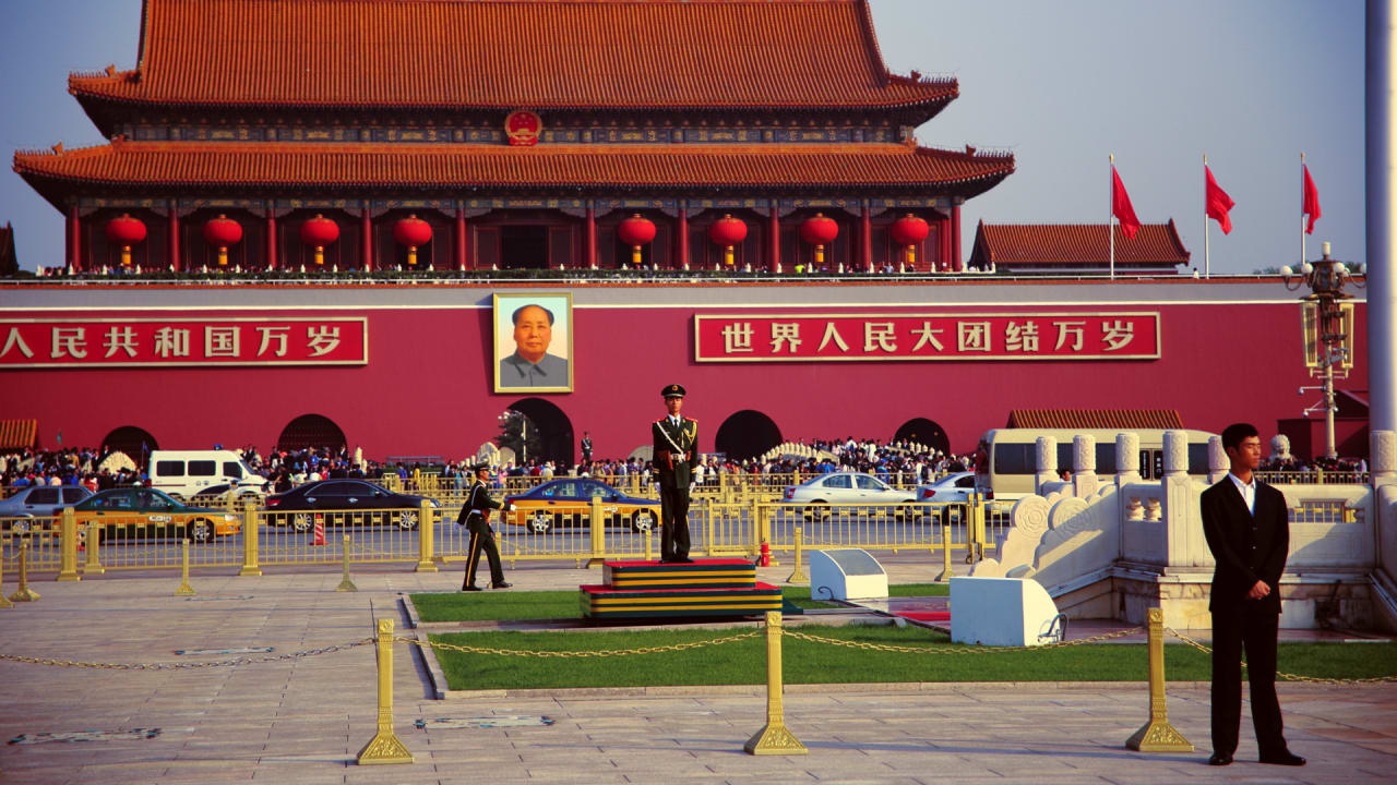 Now AI easily erases the Tiananmen Square massacre from online memory