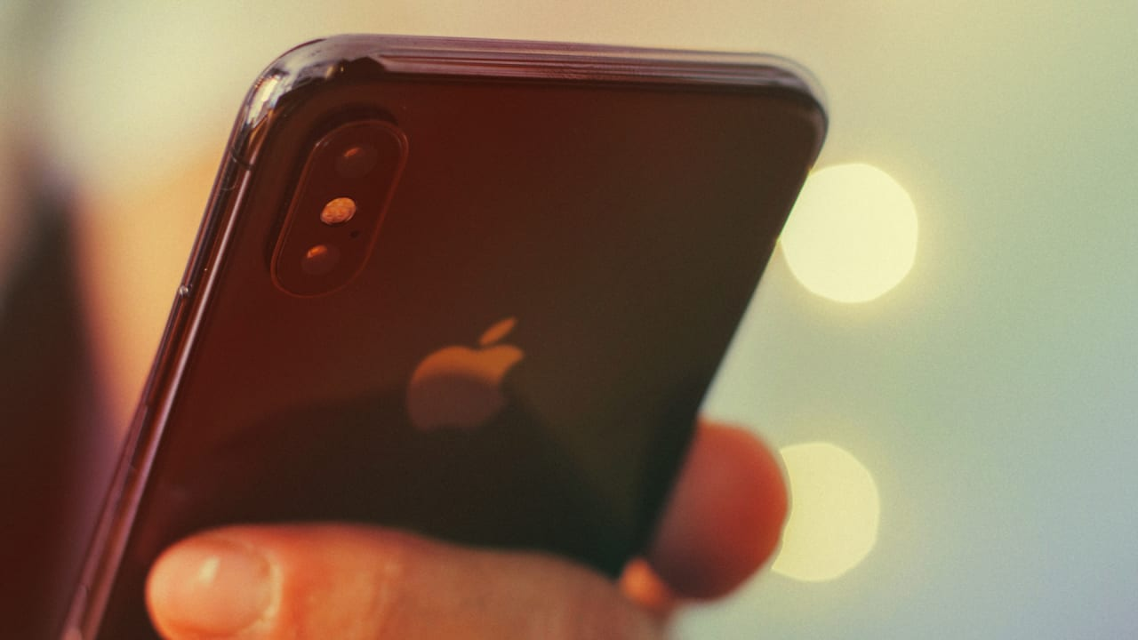 Report: Apple is bringing Touch ID back to iPhones in 2020