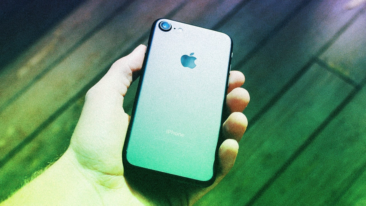 Apple's new phones are impressive. But I'll stick with my iPhone 6S