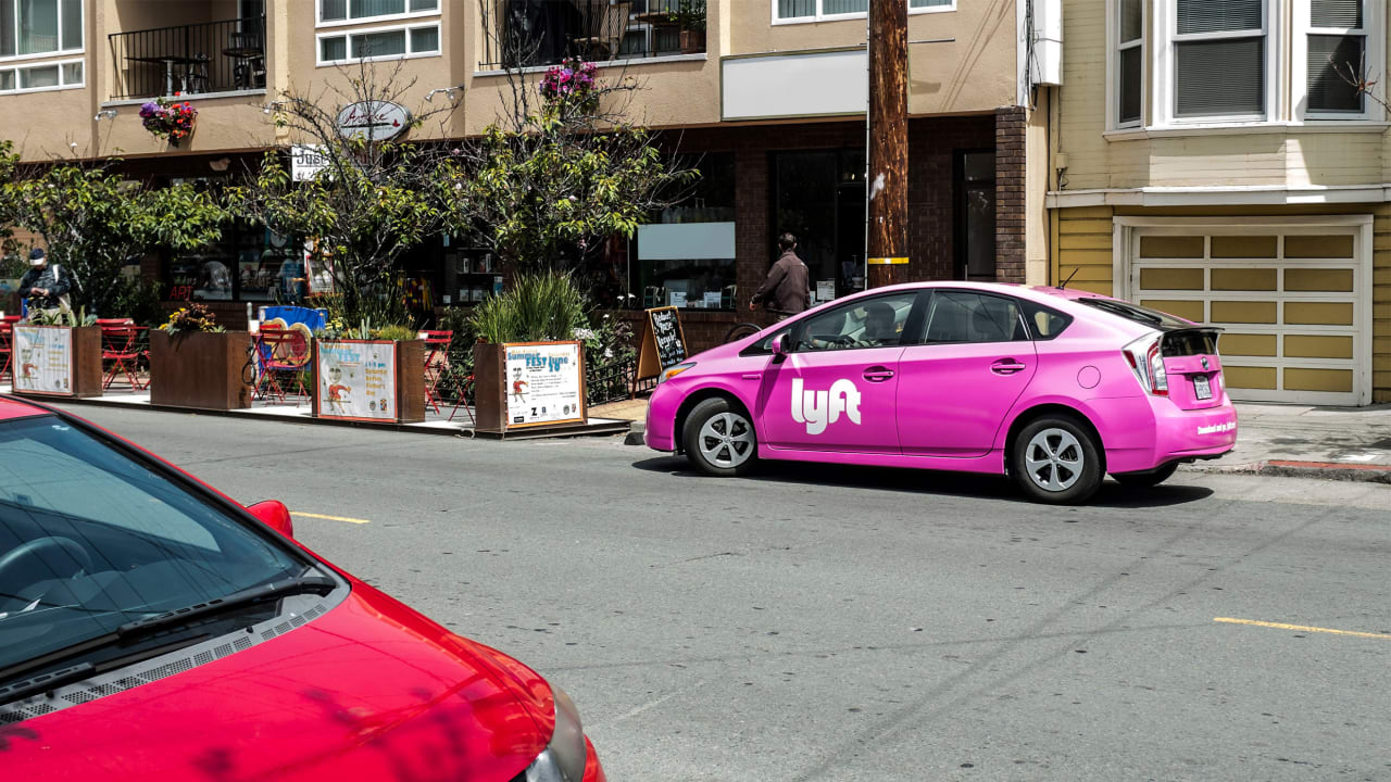 fastcompany.com - Lyft is helping nonprofits get low-income workers to their job interviews and first weeks of their new jobs