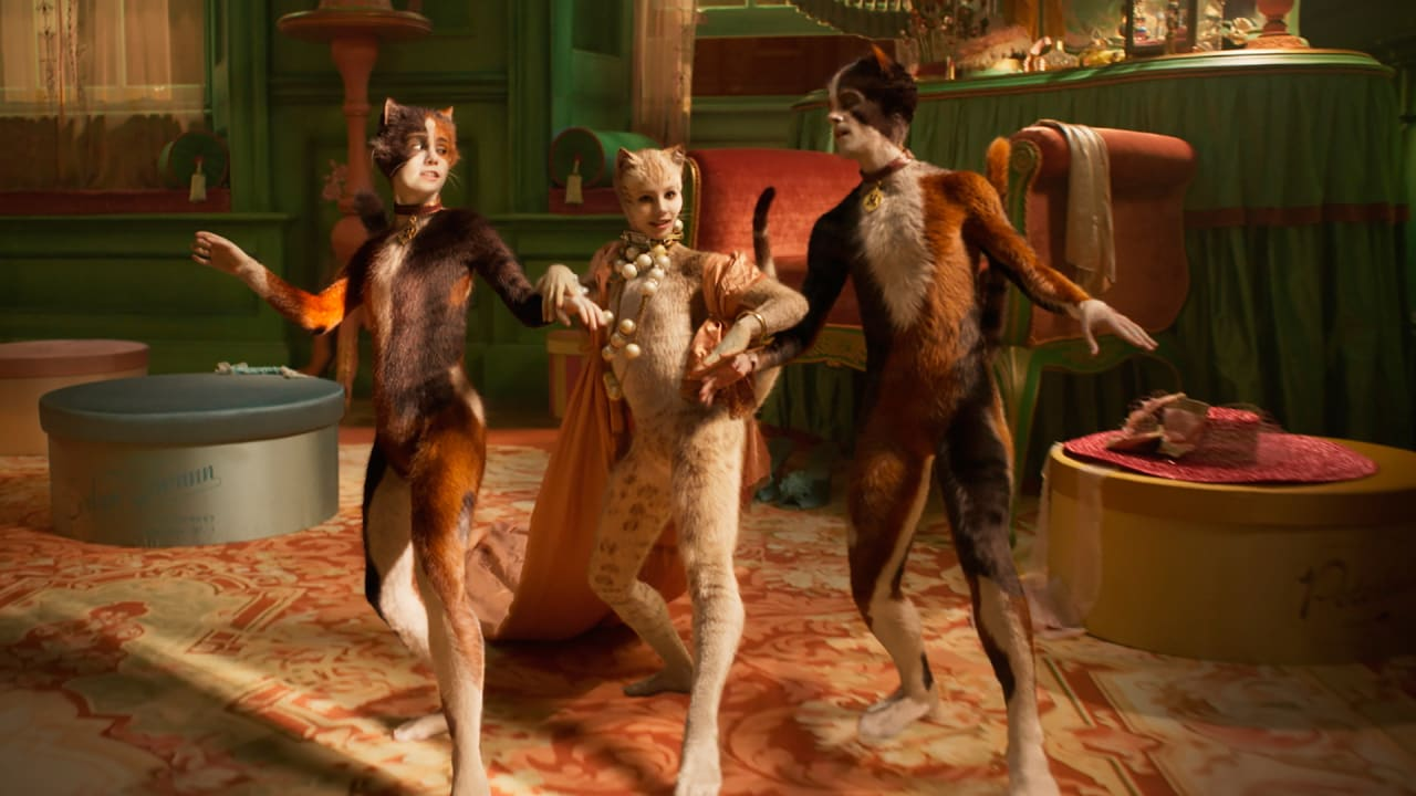 'Cats' director Tom Hooper defends the deeply polarizing use of CGI in his new musical