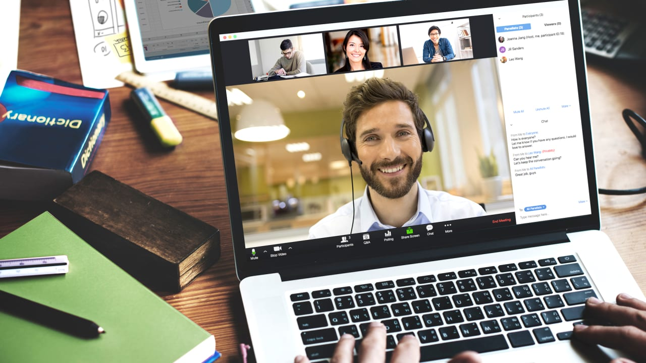 I've been doing Zoom meetings for years. These 7 tricks make them great