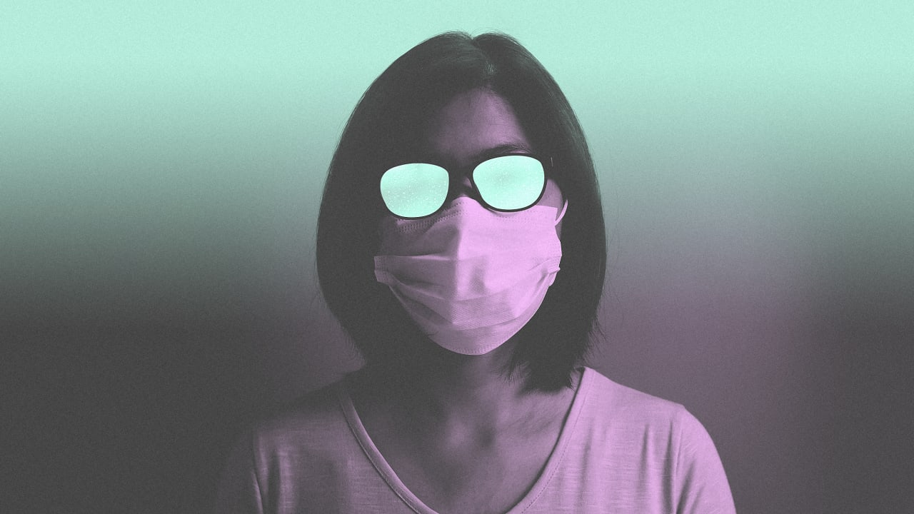 How to wear a mask without fogging up your glasses
