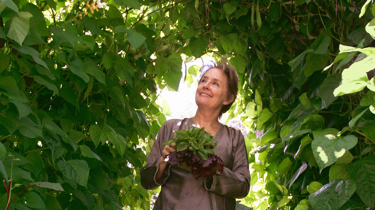 Image of article 'How to grow a vegetable garden, according to legendary chef Alice Waters'