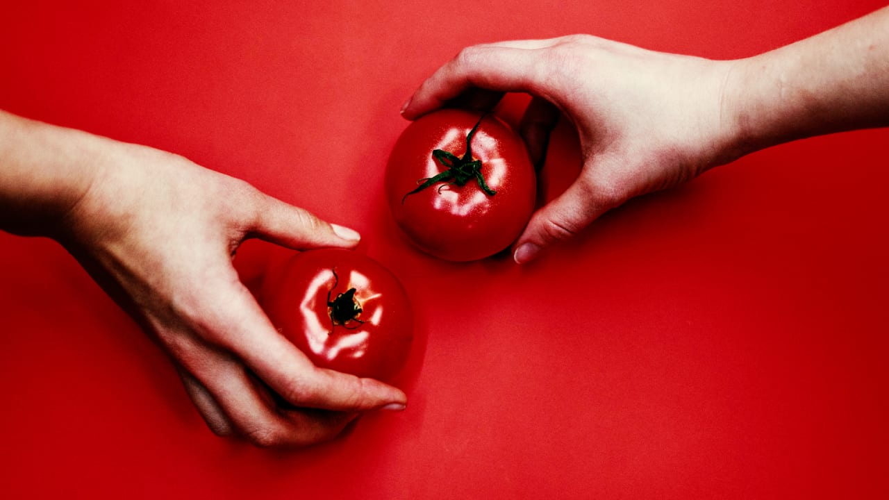 Should you refrigerate tomatoes? Researchers and an 'electronic tongue' offer a surprising answer