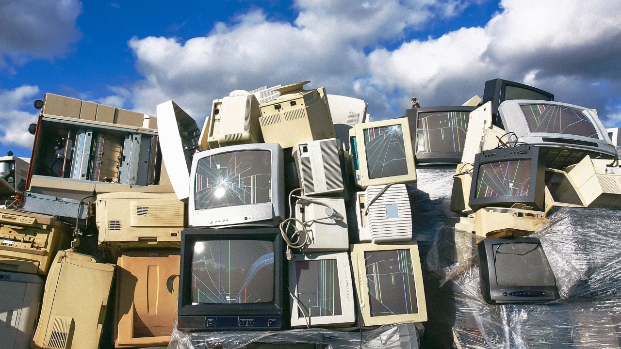 We are throwing away a record 53.6 million metric tons of electronics