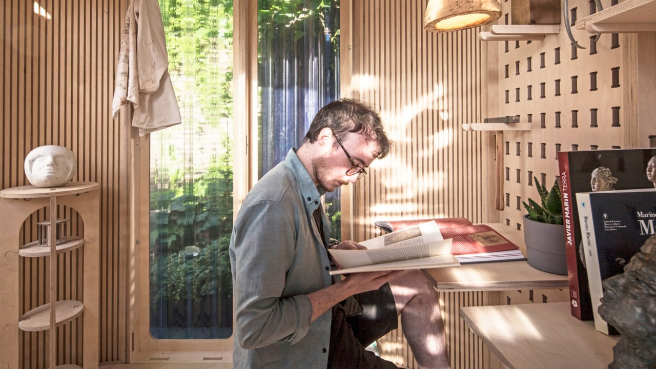 This dreamy home office pod lets you work outside all year round