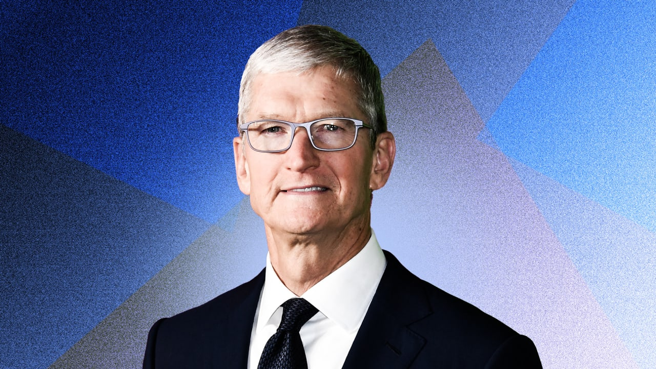 These are the qualities Tim Cook looks for in job candidates