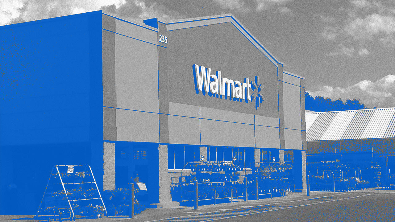 Walmart is giving 165,000 employees a pay raise between $15 and $30 per hour