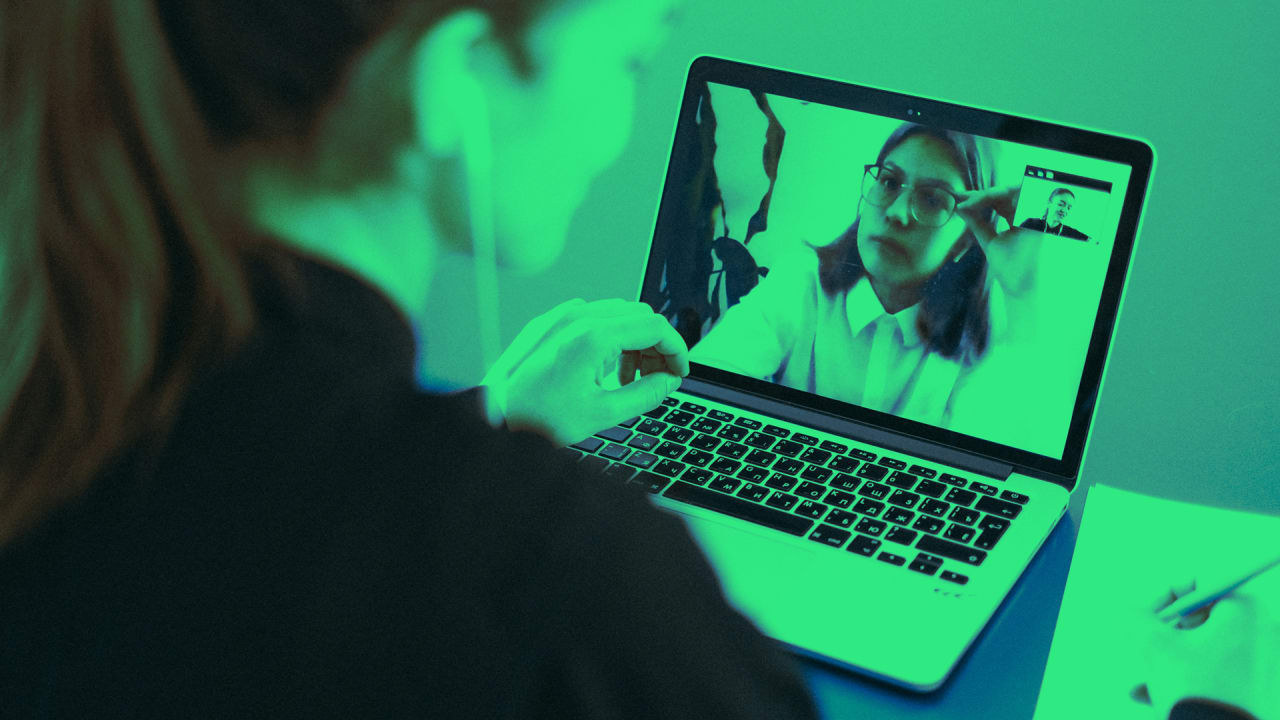 5 times when you should use a video call instead of chat