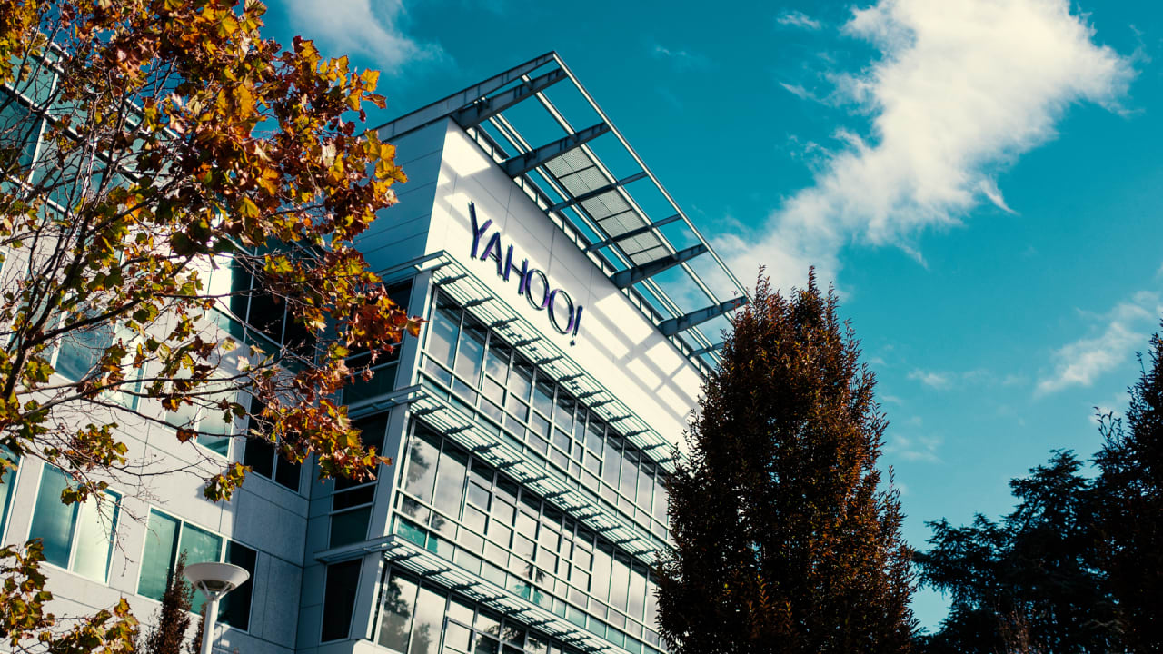Can you hear me now? Verizon is selling Yahoo and AOL for $5B