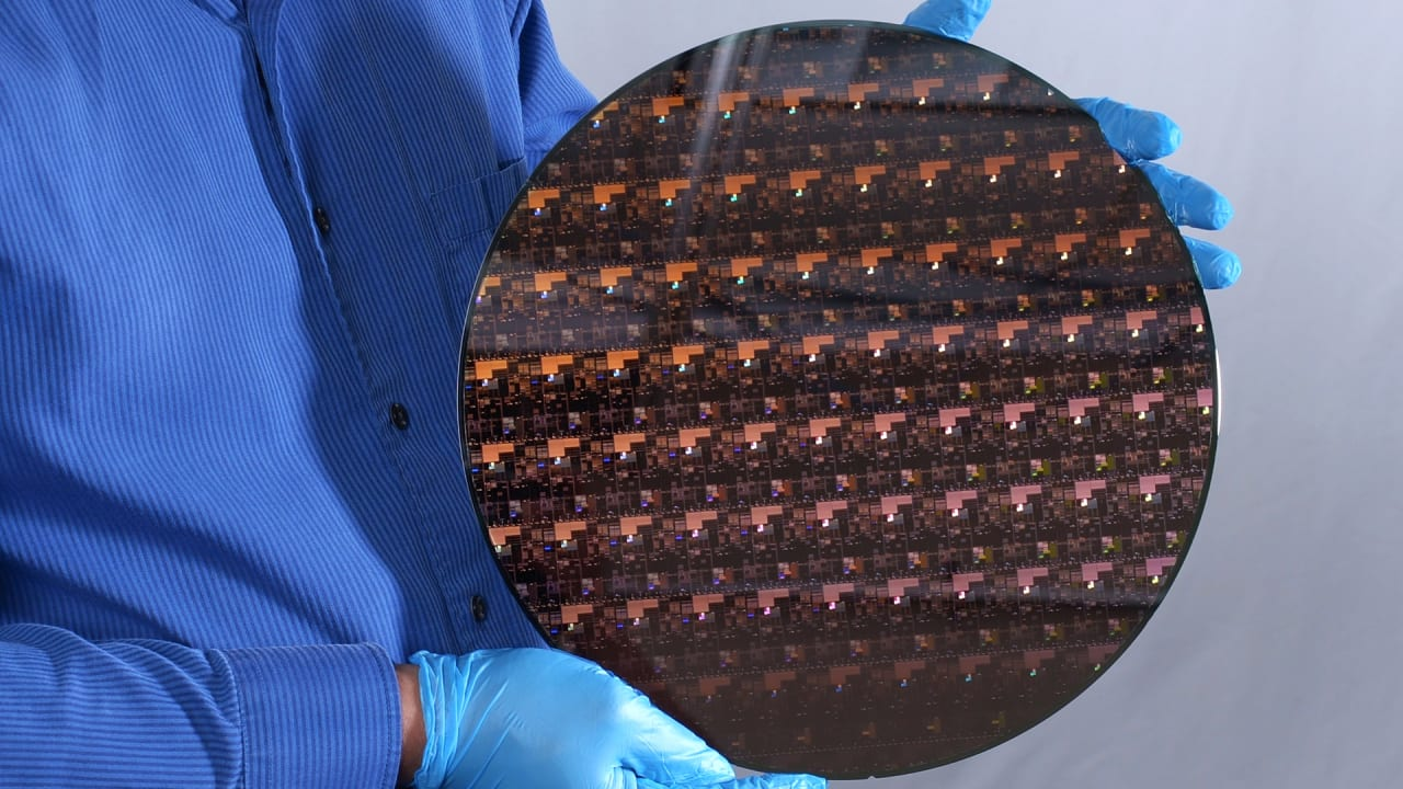 IBM's 50-billion transistor chip is tiny—and a huge breakthrough