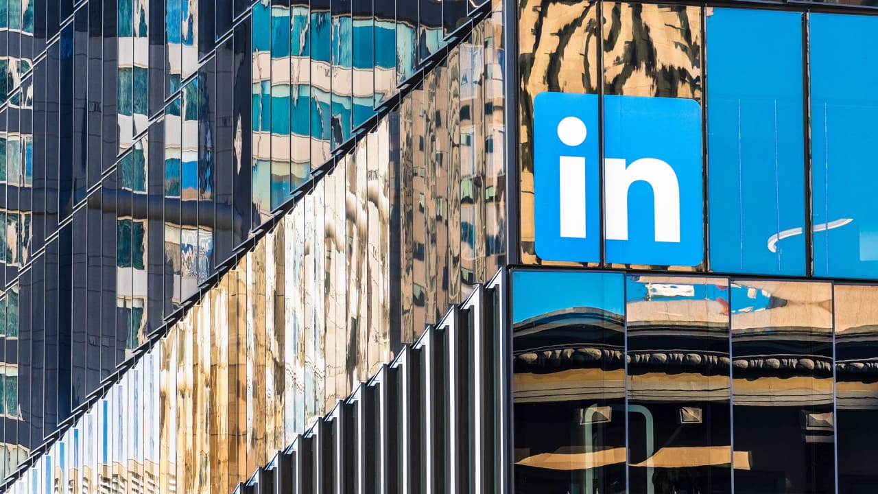 As Black users complain of censorship, LinkedIn faces a perception problem - Fast Company