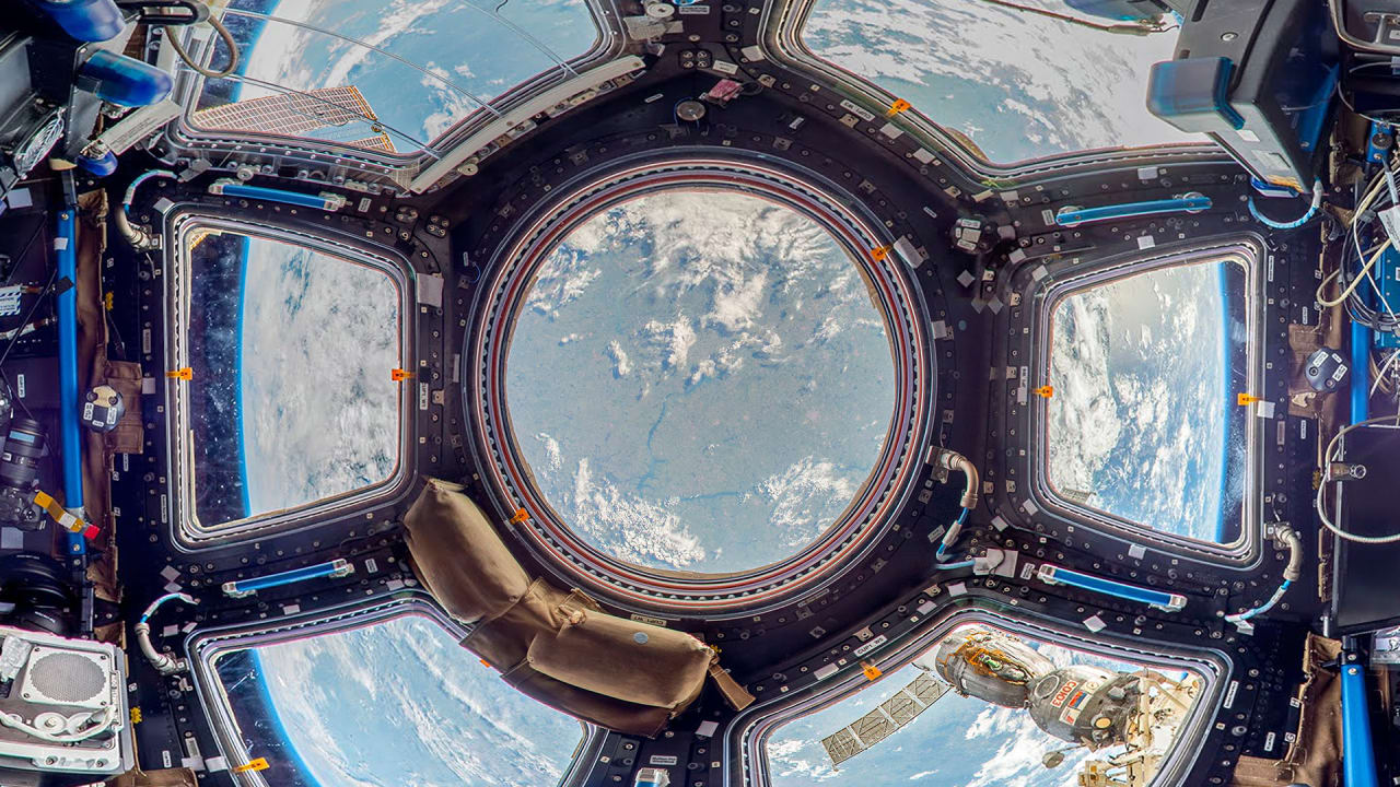 Go inside the iss the most expensive structure ever built for Pictures inside