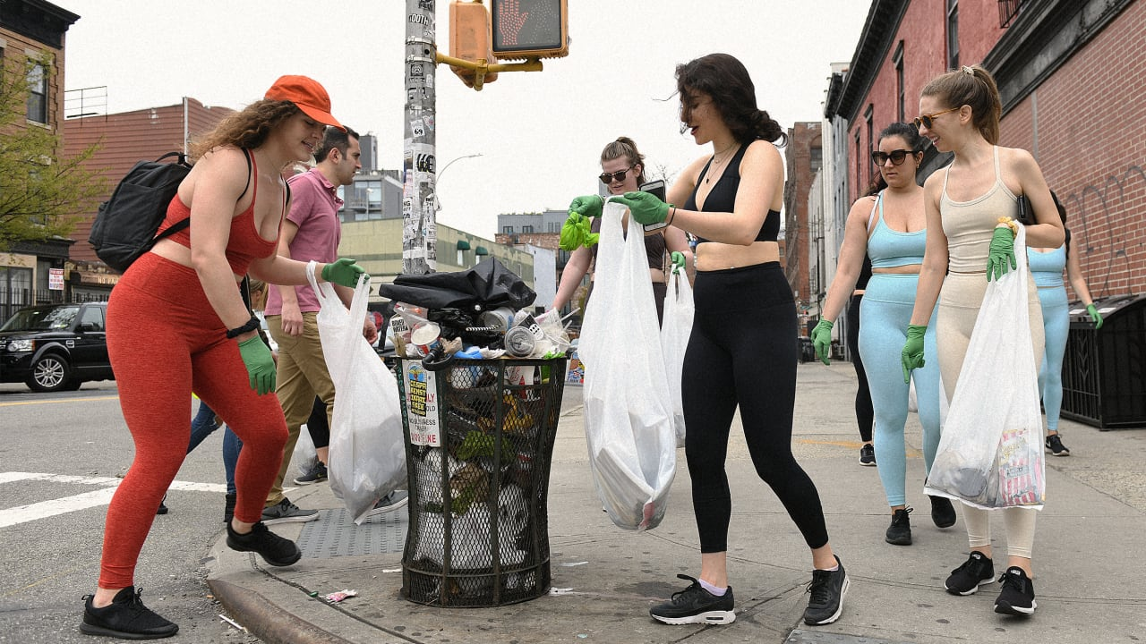 Have you tried plogging, the Instagram trend that might be the sustainable sport of the future?