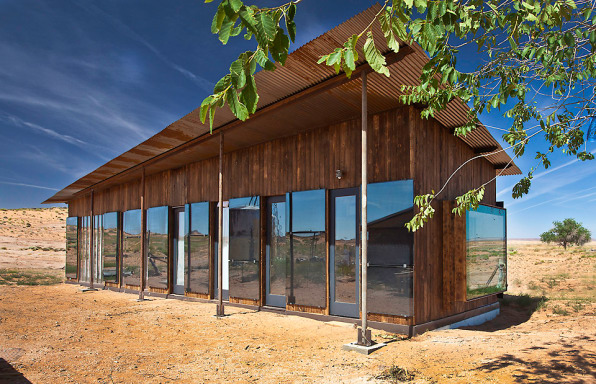Designbuildbluff A Nonprofit In The Tiny Town Of Bluff Utah Is Taking Things One House At Time Group Invites Architecture Students To Design And