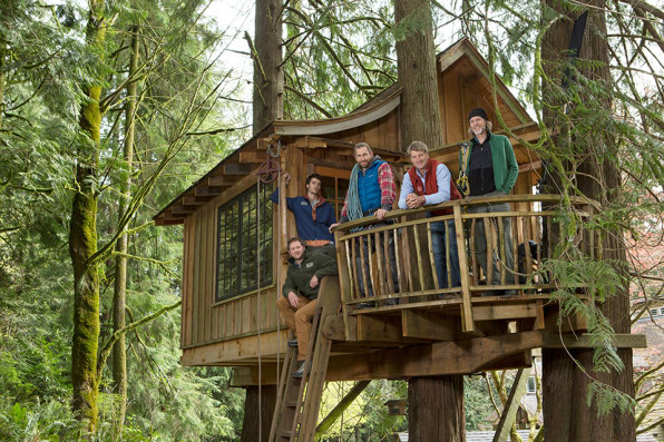 treehouse masters stars pete nelson the nations preeminent treehouse builder hes written books about treehouses around the world