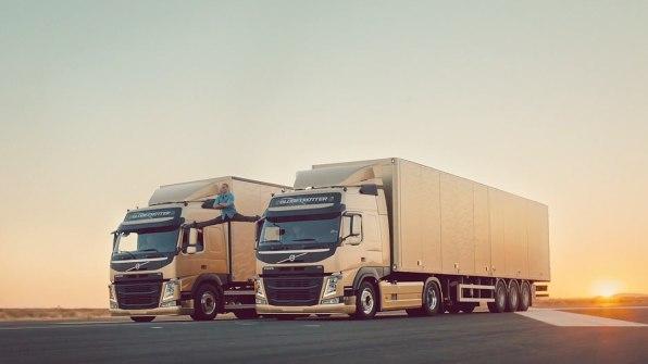 Jean-Claude Van Damme Does The Splits Between Two Volvo Trucks And