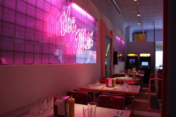 "At The ""Saved By The Bell"" Diner, Nostalgia Is Served To The Max"