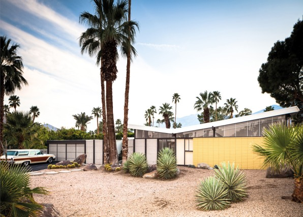 while many architects are preoccupied with creating a physical signature midcentury modernists were supposedly more attuned to the inhabitants and users of - Mid Century Modern Homes