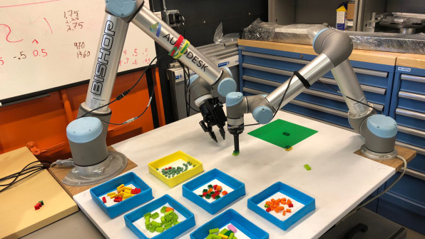 fastcompany.com - Autodesk's Lego model-building robot is the future of manufacturing