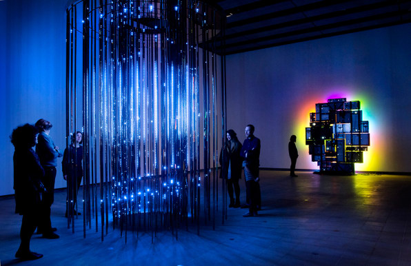 11 Pieces Of Light Art That Boggle Your Senses