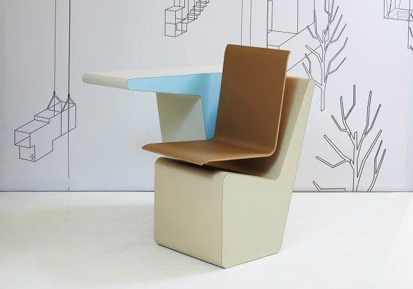 Side Seat Swivels To Make Sitting Less Sedentary