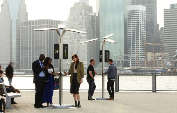 NYC To Install Free Cellphone-Charging Stations