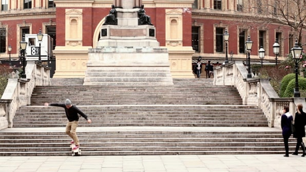 Kickstarting: A Skateboard Engineered For Surfing Stairs
