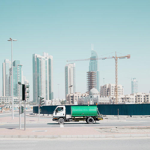 the  most amazing photo essays of   eerie photos show the strange emptiness of dubai