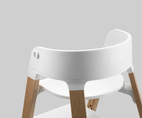 An Ergonomic Baby Chair That Grows With Your Kid
