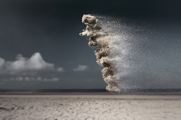 Photographer Elevates Throwing Sand To Art