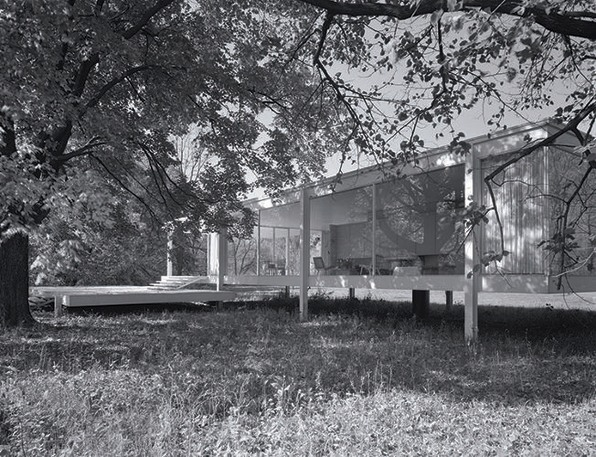 Mies Van Der Rohe's Farnsworth House Is At Risk